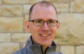 John M. Palladino PhD professzor előadása a Michigan Egyetemenről (Egyesült Államok)