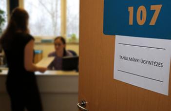 Tanulmányi Hivatal elérhetőségei, félfogadás